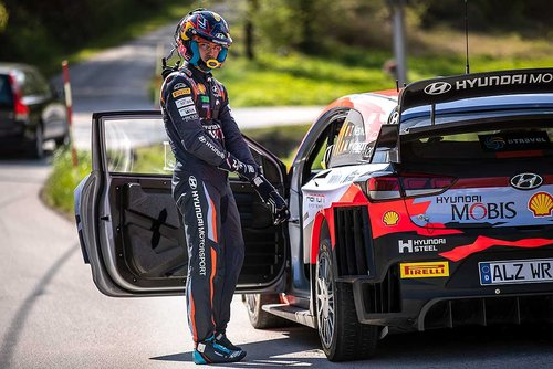 Rallye-Kroatien-nach-WP12-Neuville-greift-zu-den-falschen-Reifen