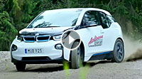 VIDEO BMW i3 Drifts