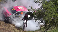 Video Hot Moment Rallye Deutschland 2012 - Ramona Karlsson EVO 10 catches fire